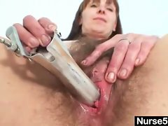 Mature mom karin shows off hairy pussy extreme .