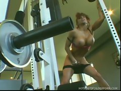 Horny body building MILF Devon Michaels puts down her weights to get...