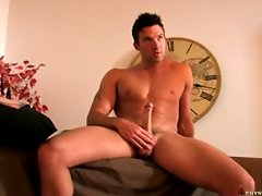 On The Set - Trystan Bull Solo...