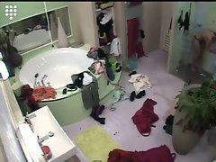 Big Brother NL- Hot Blond Teen - Girls showering together