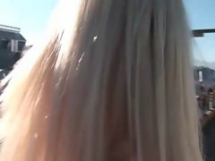 Blondie giving oral sex outdoors
