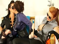 Horny lesbos love fucking strapons