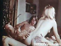 Retro 1970s - Hairy Pussy Teen Gets Fucked