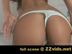 Amy Reid is really hot!!! full scene at www.ZZvids.net