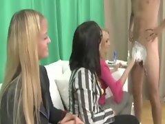 CFNM spex lady shaving a cock