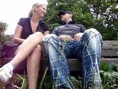 Deutsches Paar beim Outdoor Blasen - German Couple