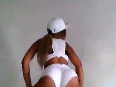 HUGE Bum Twerking Sassy teen (PG) - Ameman
