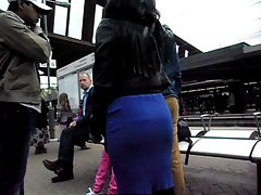 Candid curvy randy indian with big butt in tough skirt
