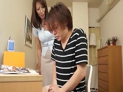 Gentle handjob of my momma 2