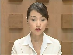 Beauteous Jap newscaster gets several facisls