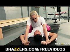 Dominant blondie trainer Julia Ann gets a nice deep screwing