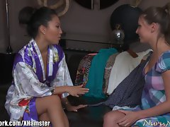 NuruNetwork Asa Akira Lezzy Nuru Massage Sex