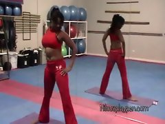 Nilou Achtland-Amateur Sensual Backside Yoga Flexing & Gym Workout